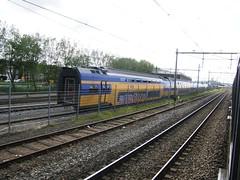 VIRM(Nedtrain Haarlem 12-5-2012) (Ronnie Venhorst) Tags: haarlem train ns zug vi nedtrain tein bakken nsr schade terzijde virm 8029 8557 8629 brandschade treinbrand