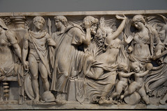 Medea's Myth - The main action (Egisto Sani) Tags: jason berlin museum greek sarcophagus mito medea myth berlino altes sarcofago giasone medeia creusa glauce greekmyths mitigreci creonte