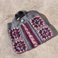 Crocheted Granny squares handbag (Kiwi Little Things) Tags: crochet handbag grannysquares