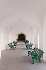 [ bench eater ] ([ chang ]) Tags: india white verde green geometric bench geometry fade bianco jaipur rajasthan amberfort geometria panchina amerfort panchine   bhratgaarjya  wwwriccardoromanocom