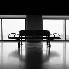 Solitude (Mathieu Coquerelle) Tags: españa 120 film airport sevilla fujifilm 100 espagne yashica reala yashicamat124g aéroport