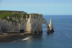 "Etretat (BrigitteChanson) Tags: sea cliff mer mar mare normandie falaise acantilado etretat scogliera seinemaritime platinumheartaward ""flickraward"""