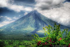 Mayon Volcano (Rex Montalban Photography) Tags: volcano philippines mayon bicol hdr legazpi legazpicity rexmontalbanphotography