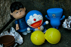 A Hatchery in Blue (Part 3) (John 3000) Tags: blue anime cute azul mystery cat comics toys robot funny chocolate cartoon manga capsule peanuts kinder actionfigures surprise eggs series doraemon characters charlesschulz uglydoll fujiko juguetes hatching hatchling knockoff wedgehead fujio davidhorvath lucyvanpelt chocotreasure