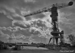 Kraan NDSM-werf 24-4-16 (kees.stoof) Tags: amsterdam shipyard ij noord kraan shipbuilding hetij amsterdamnoord ndsmwerf scheepswerf scheepsbouw