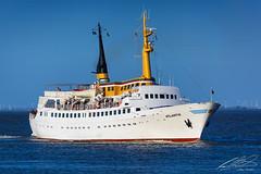 Atlantis - Cuxhaven - 02/05/2015 (spottermarc) Tags: sea ferry lady meer ship north first vessel atlantis passenger nordsee fähre eils imo cuxhaven helgoland hadag fährschiff passagierschiff cassen 7214545