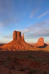 Sunset at Monument Valley (jpmckenna - Denali Bound) Tags: arizona west landscape sandstone desert highdesert monumentvalley iconic navajotribalpark getoutside