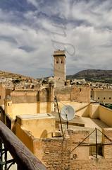 Entre mezquitas y antenas (mArregui) Tags: nikon fez mezquita antena marruecos fs elcolordemarruecos laculturadelasgentesdemarruecos wwwarreguimeluscom marregui
