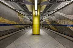 Grosshadern (sarah_presh) Tags: longexposure station train germany underground munich metro platform le grosshadern nikond750