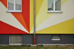 DSC_5445 [ps] - Red Shift (Anyhoo) Tags: red urban orange white geometric window yellow wall architecture facade germany vent design mural pattern bright painted saxony basement leipzig flats domestic sachsen sunburst colourful angular gdr faade habitation downpipe anyhoo gdrarchitecture kthekollwitzstrase photobyanyhoo