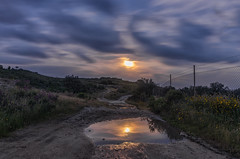 AMP_6378_1 (Amparo Hervella) Tags: road longexposure espaa cloud moon reflection water night landscape noche spain agua nikon camino luna reflejo nube candeleda largaexposicin d7000 comunidadespaola nikond7000