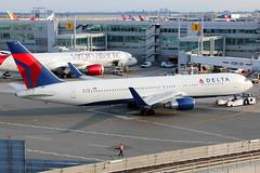 N177DN | Boeing 767-332ER/W | Delta Air Lines (cv880m) Tags: newyork kennedy jfk kjfk n177dn boeing 767 763 767300 767332 delta dal deltaairlines