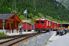 Gotthardbahn - Matternhorn (Luigi Basilico) Tags: alps switzerland swiss eisenbahn bahnhof through bahn furka gotthardbahn matternhorn