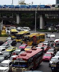 Victory Monument - Bangkok (jcbkk1956) Tags: d3300 bangkok thailand victorymonument traffic trafficjam nikon nikkor street skytrain buses tuktuk bikes congestion