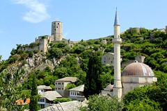 Pocitelj, in Bosnia and Herzegovina (Frans.Sellies) Tags: castle bosnia mosque img9492