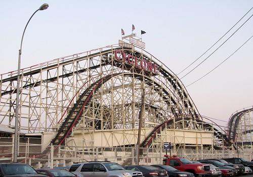 nyc travel newyork brooklyn coneyisland amusementpark lunapark rollercoaster cyclone astroland