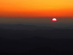 Blue Ridge Sunrise (BlueRidgeKitties) Tags: sun sunrise landscape northcarolina explore blueridgeparkway westernnorthcarolina southernappalachians thelumpoverlook canonpowershotsx40hs
