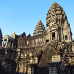 "Angkor Wat <a style=""margin-left:10px; font-size:0.8em;"" href=""http://www.flickr.com/photos/14315427@N00/7114937429/"" target=""_blank"">@flickr</a>"