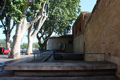 REHABILITACIN DE LAS MURALLAS DE LOGROO Y EL CUBO DEL REVELLN   REHABILITATION OF LOGROO'S WALLS AND 'REVELLIN' CUBE (Gon.photo) Tags: espaa spain walls architects logroo rioja cubo rehabilitation murallas arquitectos pesquera rehabilitacion revellin ulargui