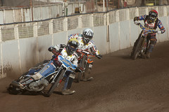 Saints Ahead (Richard Amor Allan) Tags: bike mud bikes cycle stokeontrent rider speedway cycles riders motorcyles scunthorpesaints tomyoung jerranhart stokepotters loomerroad stokeeasyriderpotters benreade