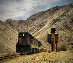 Ferronor, Estacin Ro de la Sal (DeutzHumslet) Tags: chile station train canon gm desert atacama estacion desierto 83 82 g12 sx20 potrerillos emd ferronor bestcapturesaoi elitegalleryaoi mygearandme dblringexcellence tplringexcellence eltringexcellence riodelasal