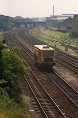 19910728 018 Derby. DR73501 Plasser & Theurer Tamper Liner, Approaches from the Stoke Line (15038) Tags: br trains railways derby britishrail ontrackplant plassertheurer 73501 trackmachines tamperliner