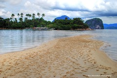 footprints in the sand (Rex Montalban Photography) Tags: philippines hdr nationalgeographic palawan snakeisland rexmontalbanphotography