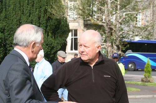 Willie Young talking to Councillor George Freeman at Tarbet