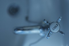 Tap 2 (Crafty Rich) Tags: cold metal bathroom shiny sink basin chain everyday tap 2012 plughole craftyrich nikond7000