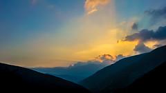 Tostos, Mérida Venezuela. (Leo Javiex) Tags: blue sunset sky cloud sun mountain mountains sol azul clouds atardecer march venezuela paisaje cielo nubes campo prado colina montaña aire ocaso marzo libre nube montañas moorland cascada finca mérida 2016 ladera atardeser estribación