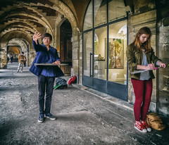 young artists (Dale Michelsohn) Tags: leica boy paris france girl drawing young arches artists learning hugo placedesvosges dlux4 dalemichelsohn parismay2016