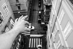 Il gioco (-Andreyes- www.andreabastia-photo.com) Tags: auto photo automobile strada andrea bn mano biancoenero trieste fotografo bastia facebook gioco friuliveneziagiulia wwwandreabastiaphotocom