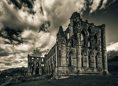 Rievaulx Abbey (Mister Electron) Tags: greatbritain england bw church monochrome abbey architecture clouds buildings ruins worship britain yorkshire religion gothic ruin wideangle medieval balckandwhite monastery rievaulx toned cistercian vignette northyorkshire toning splittoned reformation rievaulxabbey splittoning helmsly nikond800