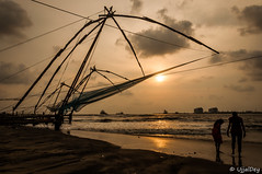 Chinese Fishing Net, Kochi, Kerala (ujjal dey) Tags: ocean travel sunset sea net beach silhouette evening fishing alone kerala tourist traveller shore lonely kochi chinesefishingnet ujjaldey