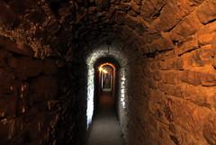Passagem na Rocca Maggiore, Assisi (Sandro Helmann) Tags: assisi roccamaggiore