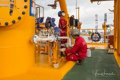Rig painter (Yan Lerval) Tags: menatwork editorial gas helmet hose men oil onshore open paint painter painting pipe pro professional protection rig sea spark yanlerval vungtau vietnam