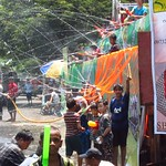 "Thingyan Water Fight <a style=""margin-left:10px; font-size:0.8em;"" href=""http://www.flickr.com/photos/14315427@N00/7076331111/"" target=""_blank"">@flickr</a>"