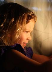 Alice Discovers Light (Fletcher Gravy) Tags: light alice tungsten straightoutofthecamera gravygirls tgbc182