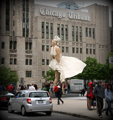 Good bye Norma Jean (lynne_b) Tags: street city people urban chicago statue architecture buildings illinois skyscrapers marilynmonroe tourists tribute chicagotribune windycity