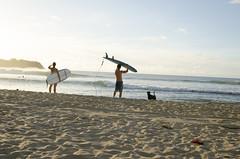 DSC_3649 (joancli) Tags: surfer surfing kauai hanaleibay