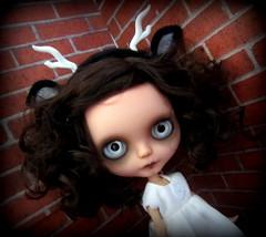 IMG_6237-001 (shepuppy) Tags: wild woodland ghost blythe custom clone creature lenore basaak bigeyewitness