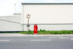 Obacht. (sic) Tags: urban abandoned lines sign wall facade garbage contemporary strasse hamburg gray front boring schild bleak asphalt industrie mlleimer tristesse trist brd langeweile wellblech gestrypp