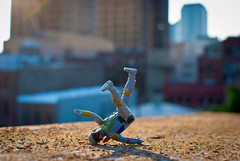 205/365 aka Boba Fett Breakdances (Bradley Nash Burgess) Tags: 35mm project toy toys actionfigure starwars dance al birmingham nikon alabama bobafett boba 365 breakdance nikkor f18 afs empirestrikesback returnofthejedi dx fett dances toycrew arrington project365 d80 nikond80 365project breakdances nikonafsdxnikkor35mmf18