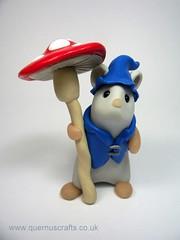 Pixie Mouse (QuernusCrafts) Tags: cute umbrella mouse pixie polymerclay toadstool quernuscrafts pixiemouse