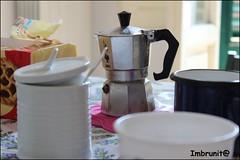 colazione (imma.brunetti) Tags: tavolo colazione tazza zuccheriera caffetteria
