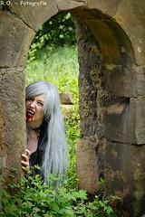 Vampir / Vampire (R.O. - Fotografie) Tags: sexy leather lumix outdoor vampire gothic goth panasonic horror fz 1000 vamp leder dmc fakeblood vampir fetisch churchruin kunstblut kirchruine vampirshooting fz1000 dmcfz1000 vampireshooting