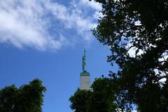 die goldene Freiheit (raumoberbayern) Tags: vacation latvia riga baltics lettland robbbilder urbanfragments baltikum