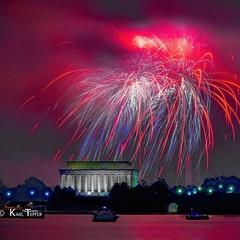 Fireworks over Lincoln Memorial: 7/4/16 (Karl Tepfer) Tags: washingtondc fireworks lincolnmemorial july4th independenceday nationscapital arlingtonmemorialbridge tepfer colorinthesky potamicriver karltepfer karltepfercom