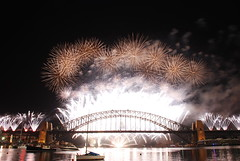 Sydney Countdown Fireworks 2012 (J.D Chen ) Tags: trip travel summer vacation holiday nikon tour fireworks au working sydney australia nsw newsouthwales countdown 2012   backpackers whv d80  workingholidayvisa