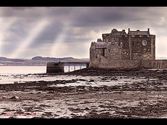 Blackness Castle (Domenico Pescosolido) Tags: uk building castle landscape scotland unitedkingdom fortress castello rocca fortezza scozia rocchecastelli rocchefariecastellicastleslighthosesbelltowers